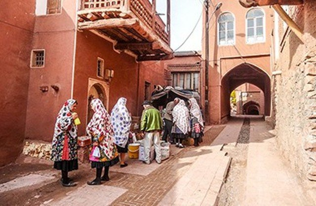 36 thousand tourists visited Abyaneh during two days!