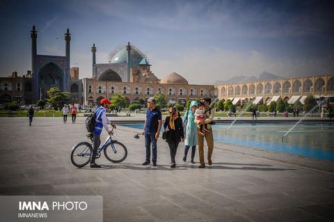 کیوسک ها و دوچرخه های اطلاع رسانی ستاد تسهیلات سفر در سطح شهر