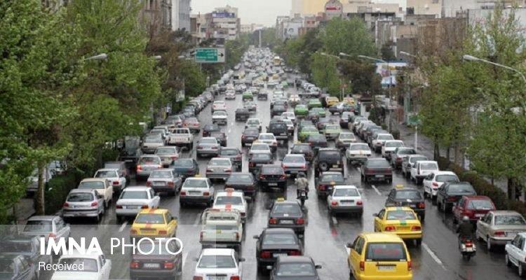 خودروهای دودزا و فاقد معاینه فنی فک پلاک میشود