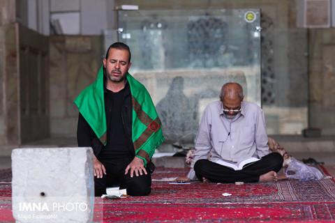 مراسم معنوی اعتکاف در مسجد جامع اصفهان