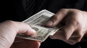 فساد اداری با کوتاهی دست دلالان از مدیریت شهری از بین میرود
