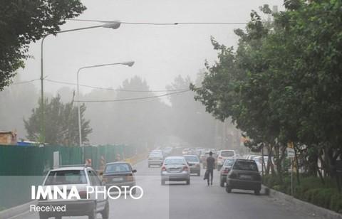 وزش باد شدید و گرد و خاک تا اواسط هفته/افزایش دما تا ۴۵ درجه در اصفهان