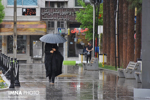 آسمان ایران بارانی می شود