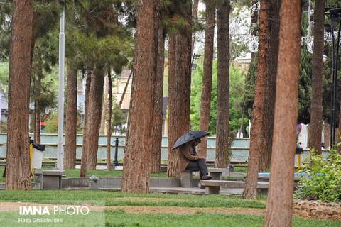 امواج بارشزا غرب و جنوب استان اصفهان را فرا میگیرد
