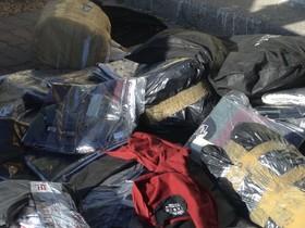 توقیف پوشاک میلیاردی قاچاق در لنجان