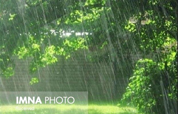 بارشهای رگباری در جنوب اصفهان ادامه دارد