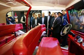 بازدید شهردار اصفهان از اولین نمایشگاه تخصصی حمل و نقل پاک