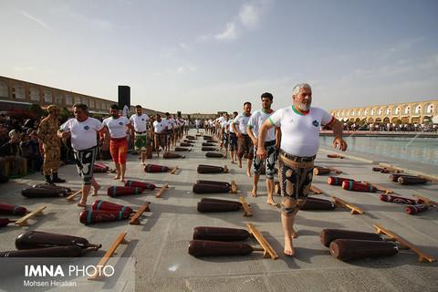 جشنواره ورزش های کهن در شهر کهن
