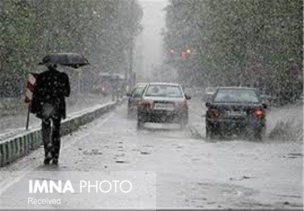 بارشهای بهاری در اکثر مناطق اصفهان/ آبگرفتگی معابر دور از انتظار نیست