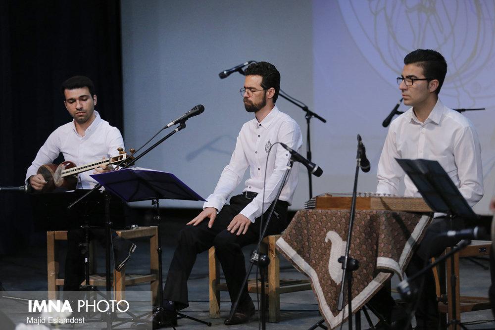 پایان داوری نخستین جشنواره موسیقی نوای نوروز اراک