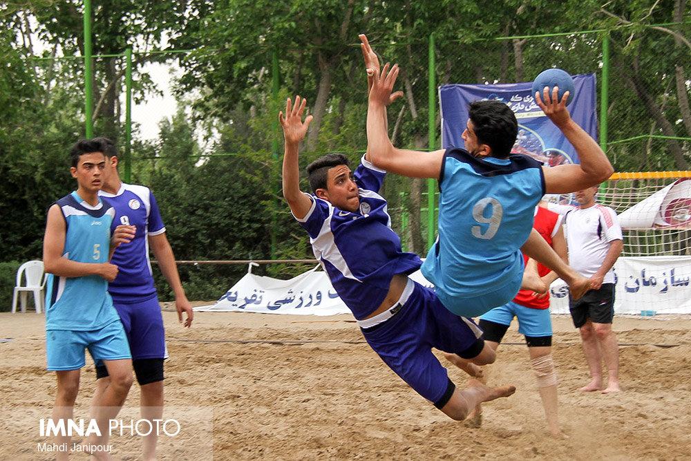 دو پیروزی برای هندبالیستهای اصفهان در روز اول
