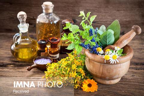 تولید داروی گیاهی کرونا در کاشان