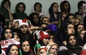 ورود زنان به ورزشگاه را پیگیری کنید