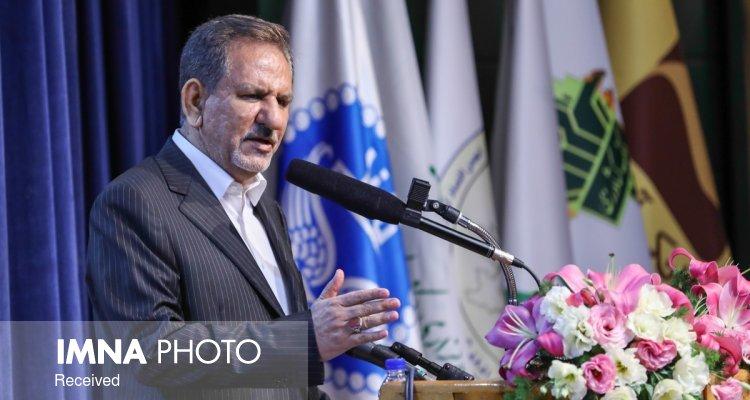 به مصلحت کشورهای عربی است که با ایران دست دوستی بدهند