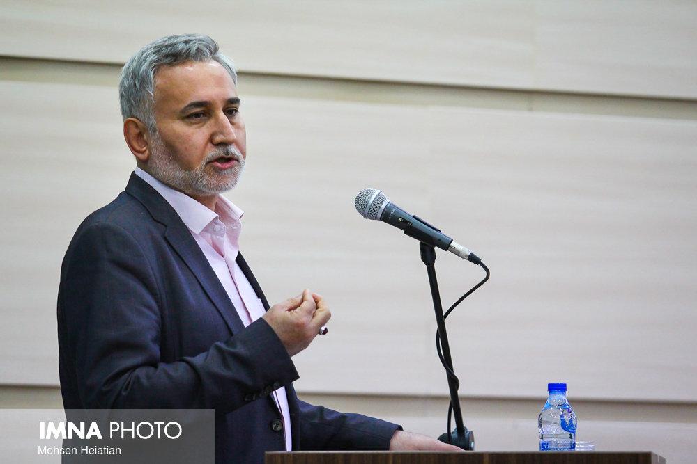 همراهی ملت باشد از سخت ترین گردنه ها عبور می کنیم/فعالان حزبی جهاد اکبر می کنند