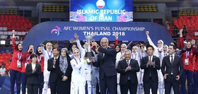 مسابقات فوتسال زنان از رسانه ملی زنده پخش شود