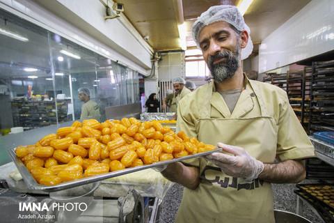 زولبیا و بامیه طعمی از ماه رمضان