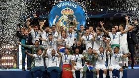 تعظیم اروپا به زیدان و رئال مادرید/ قهرمانی با همکاری کاریوس
