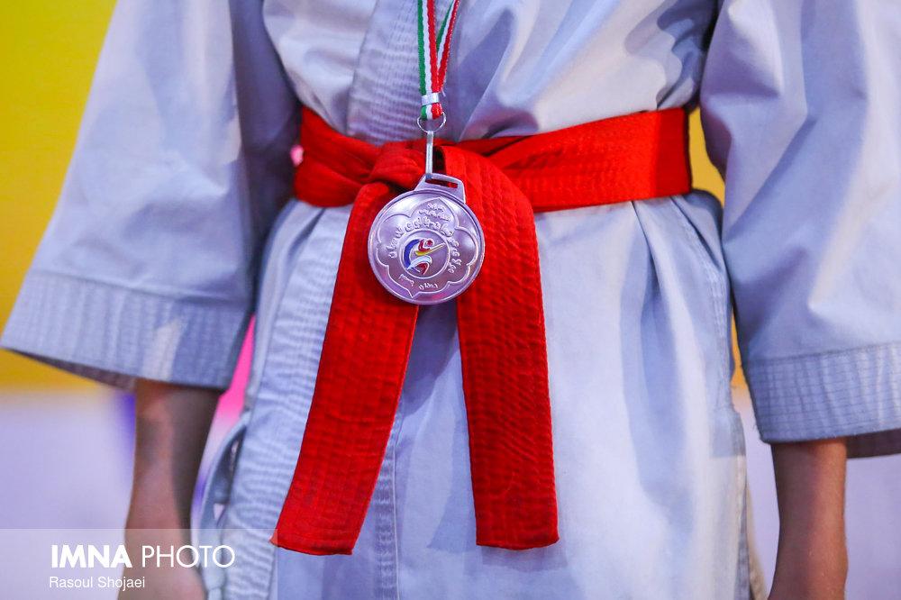 حضور کادر فنی تیم ملی در سالن تمرینات انفرادی ۴ ملیپوش کاراته