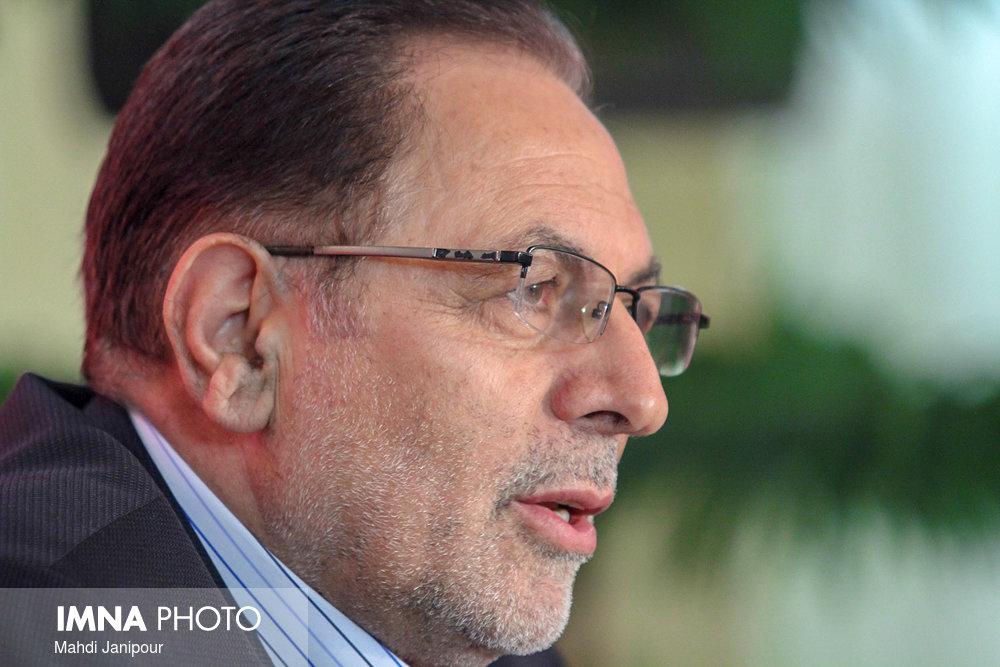 عابدی: از وزارت نیرو بپرسید چرا در خصوص آب سکوت کرده؟