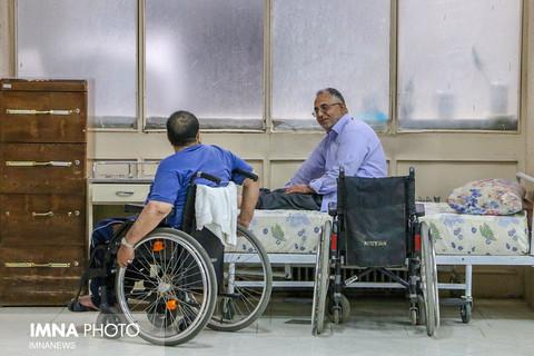 درخواست «لاریجانی» از «جهانگیری» برای حل مشکلات جانبازان نخاعی و ۷۰ درصد