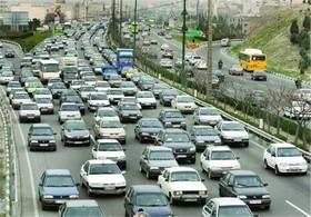 ۳۸۰ هزار خودرو بدون پرداخت عوارض تردد میکنند