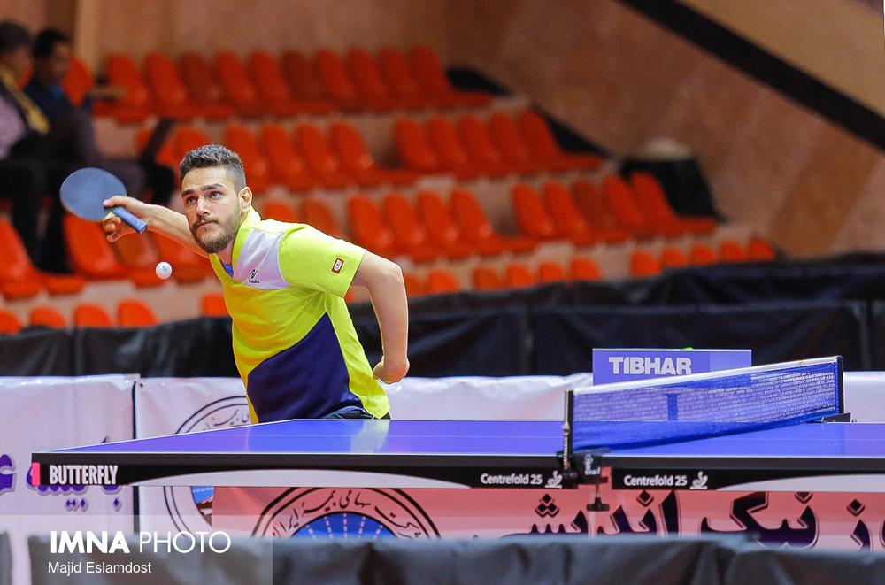 ستاره ایرانی مشتری بوندس لیگایی پیدا کرد؛ صدرنشینی جوان ایرانی در تنیس روی میز جهان