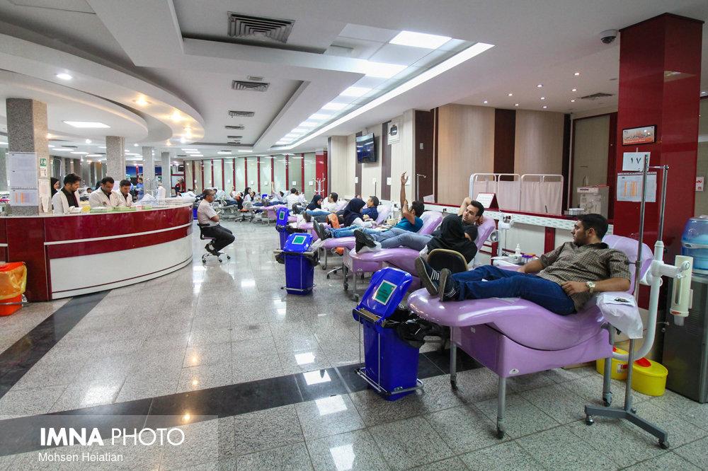 روزانه ۵۰۰ اصفهانی برای اهدای خون مراجعه میکنند