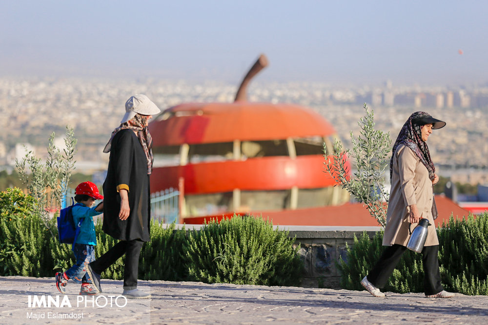 امنیت زنان اصفهان در فضاهای بیدفاع شهری