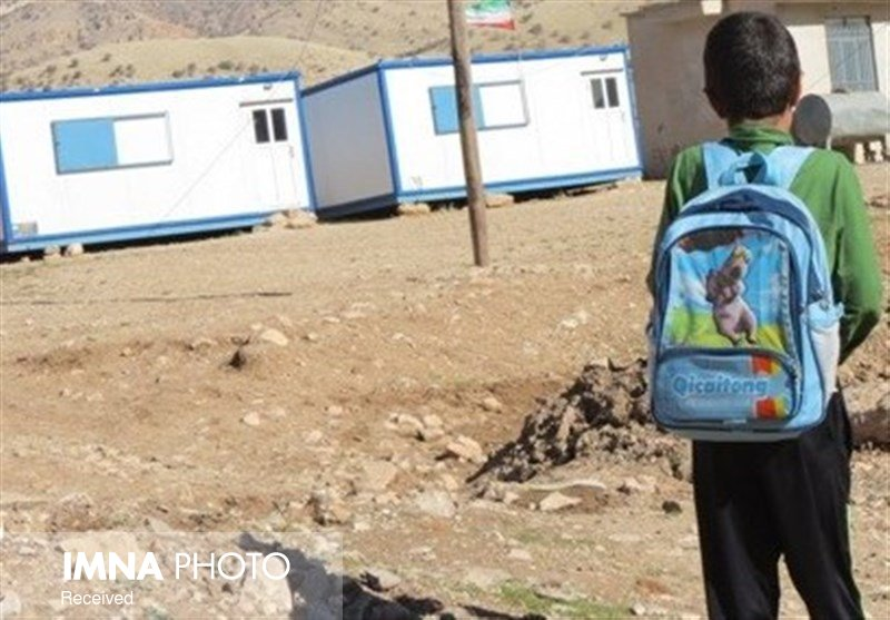 تماس با خانوادههایی که کودکشان را در مدرسه ثبتنام نکردهاند