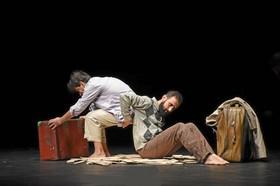 """اجرای نمایش """"۱+۱"""" در مونته نگرو وصربستان"""