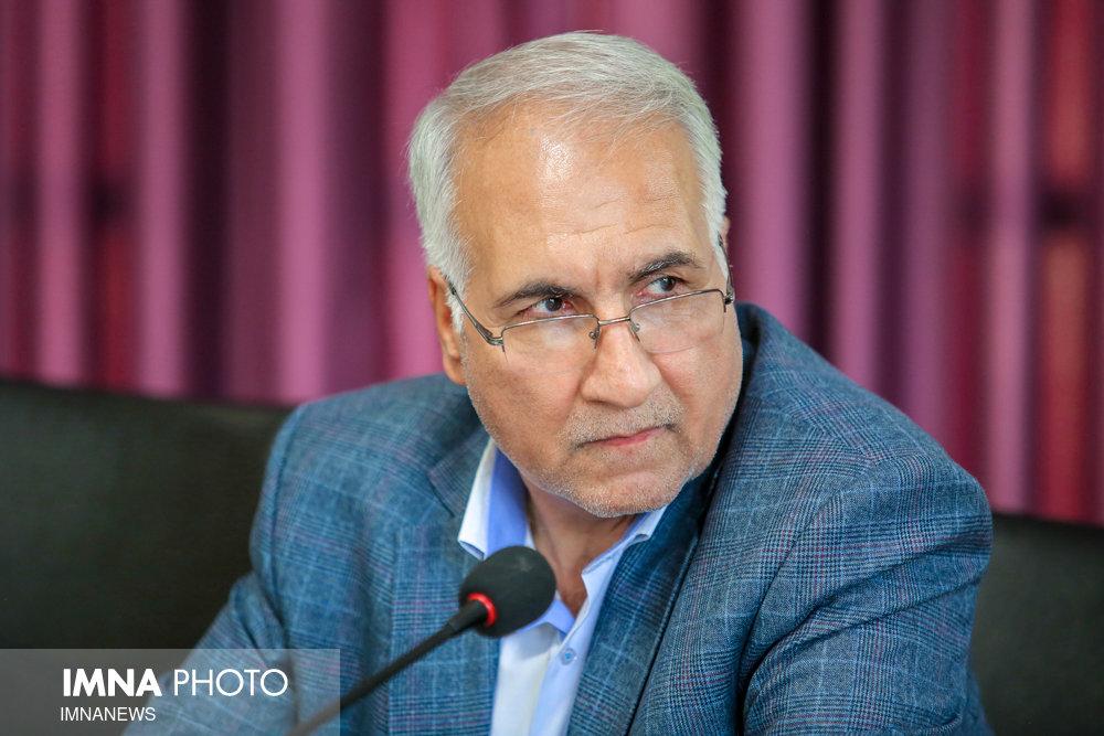 پیشنهاد ویژه شهردار برای رونق فرش اصفهان