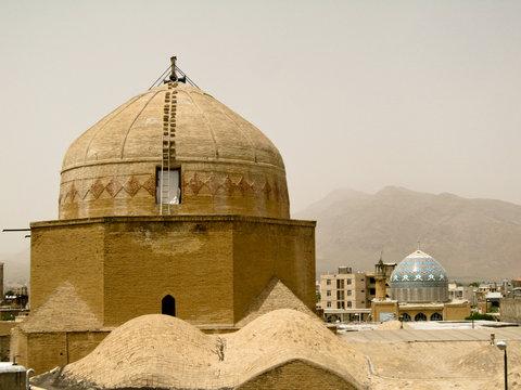 صدور حکم قضائی برای تخریب مغازههای اطراف مسجد جامع گلپایگان