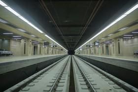 بازی رنگ و نور در ایستگاه مترو کوی امام
