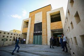 بهره برداری رسمی فاز سه خط یک مترو اصفهان با حضور جهانگیری