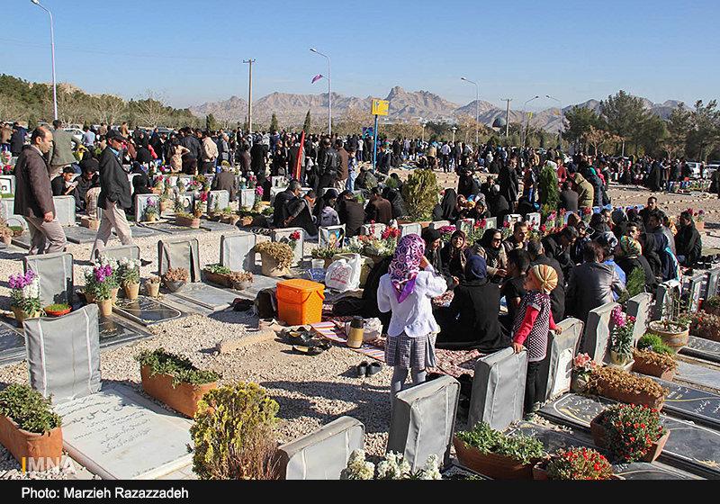 خدمات خلدبرین یزد محدود شده است/تجمع در آرامستان ممنوع