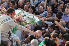 اصفهان بار دیگر شهدایش را به آغوش کشید