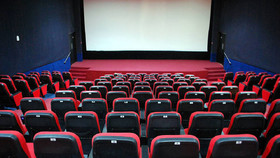 صوت | تمرکز زدایی از سالن های سینما؛ خوراسگان دارای سالن سینما می شود