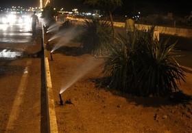 آبیاری شبانه فضای سبز راهی برای گذر از بحران کمآبی