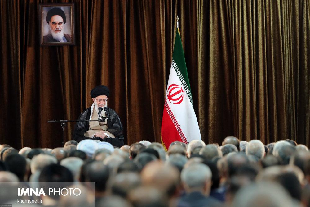دیدار وزیر امور خارجه، سفیران و مسئولان نمایندگیهای ایران در خارج از کشور با رهبر انقلاب