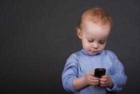 تاثیر منفی ابزار دیجیتال بر خزانه لغوی کودکان