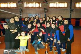 دختران اصفهان قهرمان بلامنازع والیبال ایران