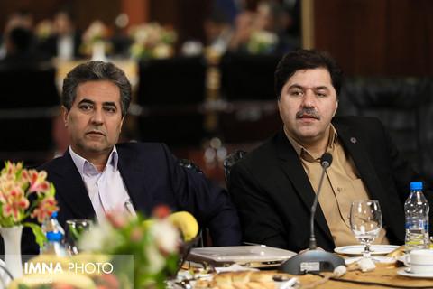 اصفهان و شیراز به زیرساخت های جذب گردشگر خارجی نیاز دارند