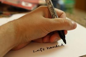 """زندگی در جهان طراحی شده برای """"راست دست ها"""""""