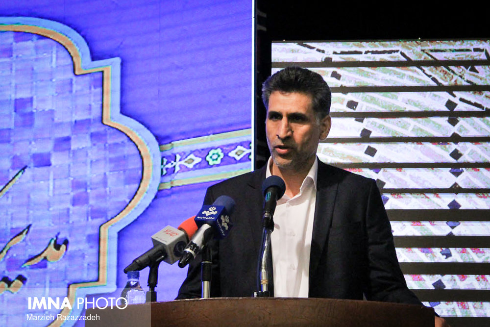 عبدالحسینی: انتقادها از صدا و سیما بحق است