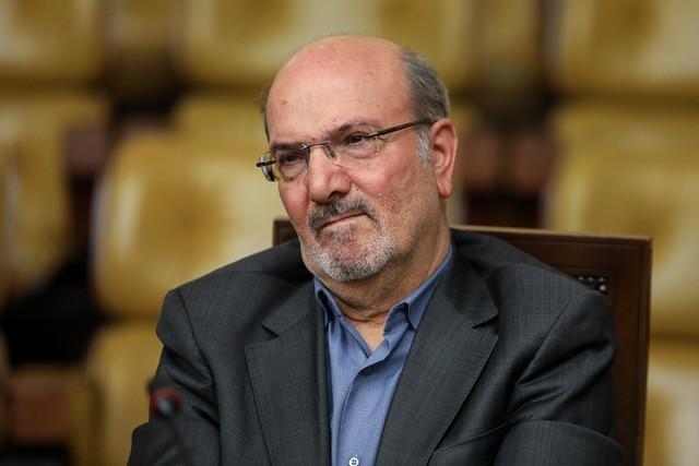 بادامچی: ایران دوران غریبانه و اندوهناکی را تجربه میکند