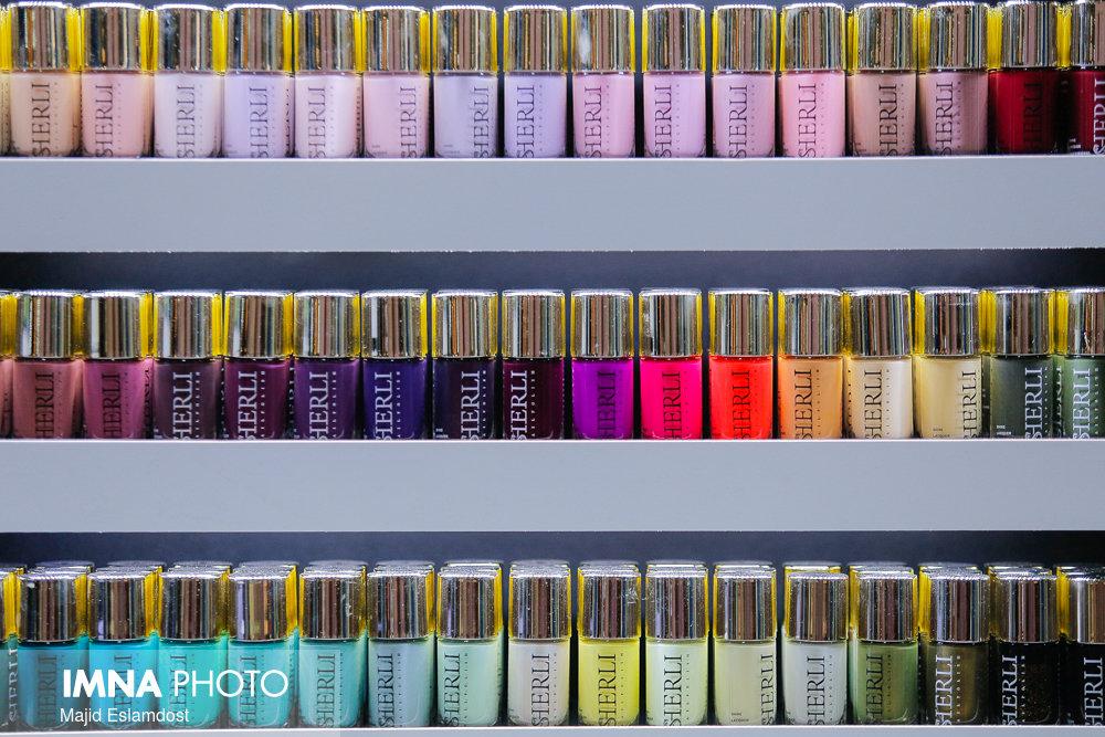 افزایش ۱۵ درصدی عوارض گمرکی و سود بازرگانی واردات لوازم آرایشی