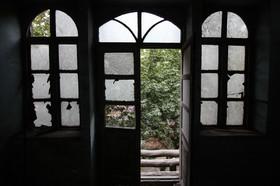 Hotel Jahan; historical negligence
