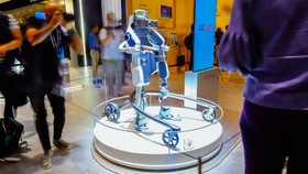 نمایش تکنولوژی روباتها در ایفا ۲۰۱۸
