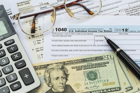 مالیات سخت و غیرعادلانهای که نامحسوس دریافت میشود!